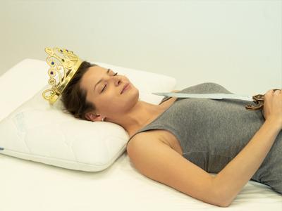 spiaca krolewna poduszka